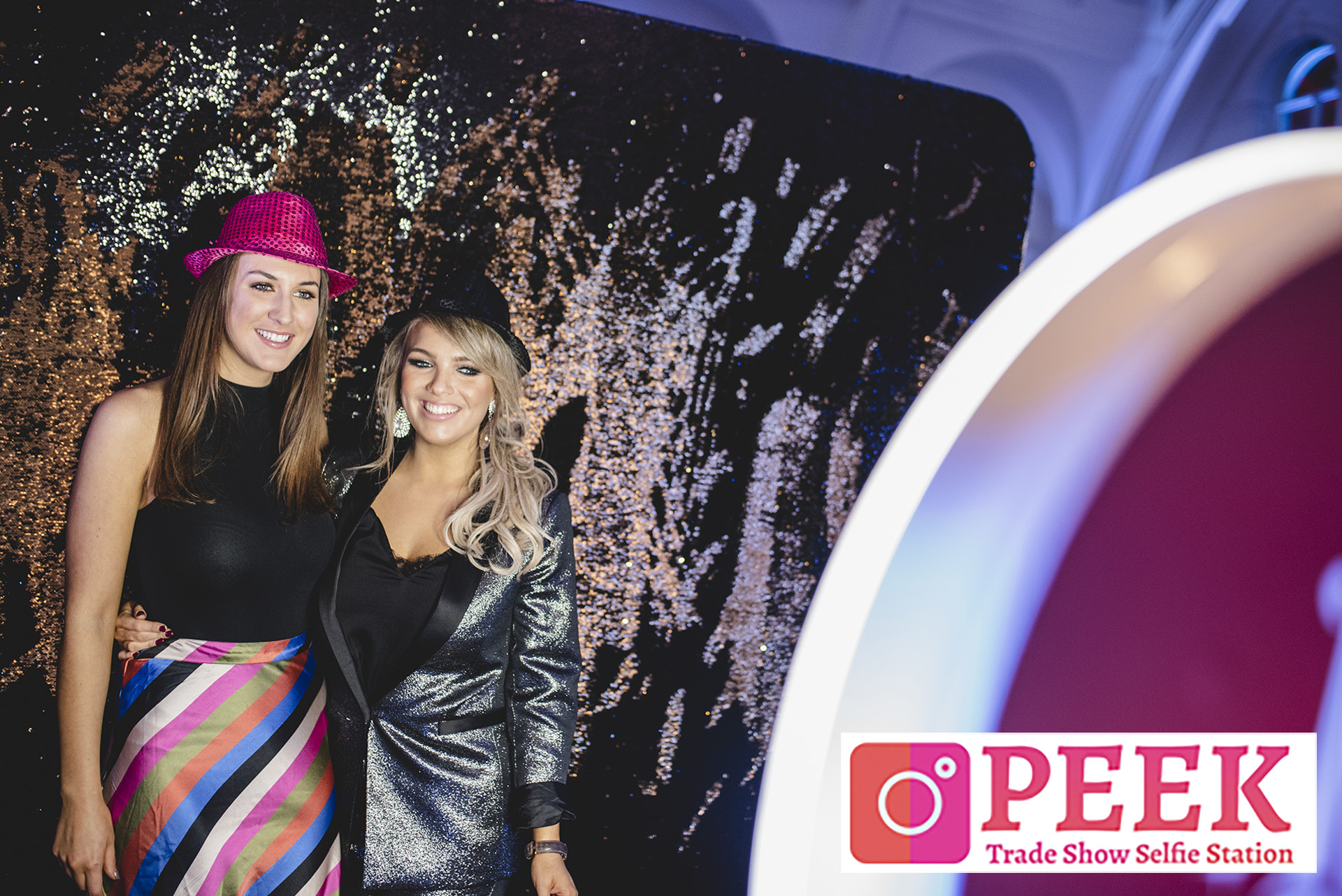 Selfie Station Photo Booth - Event Marketing Trade Show Specialty